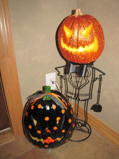 More Halloween Decorating & Pumpkin Makeovers